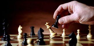 hukum permainan catur