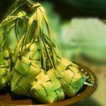 makan ketupat