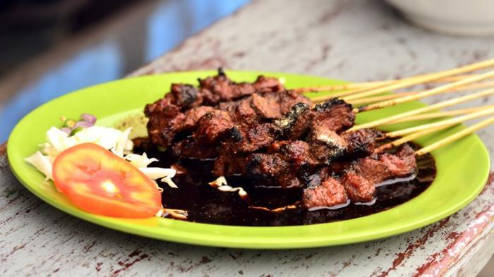 Hukum Makan Daging Kurban Nazar - Bincang Syariah