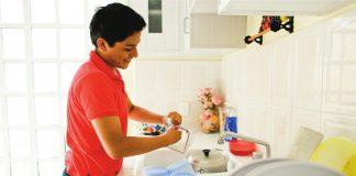 Laki-laki Mengurus Pekerjaan Rumah Tangga