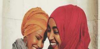 perempuan berkulit hitam