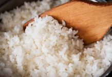 membaca shalawat ketika makan nasi