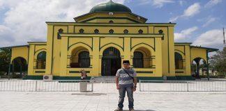 Masjid Kuning