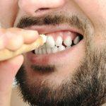 sikat gigi dan kayu siwak