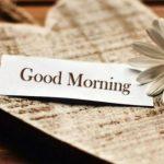 mengucapkan selamat pagi