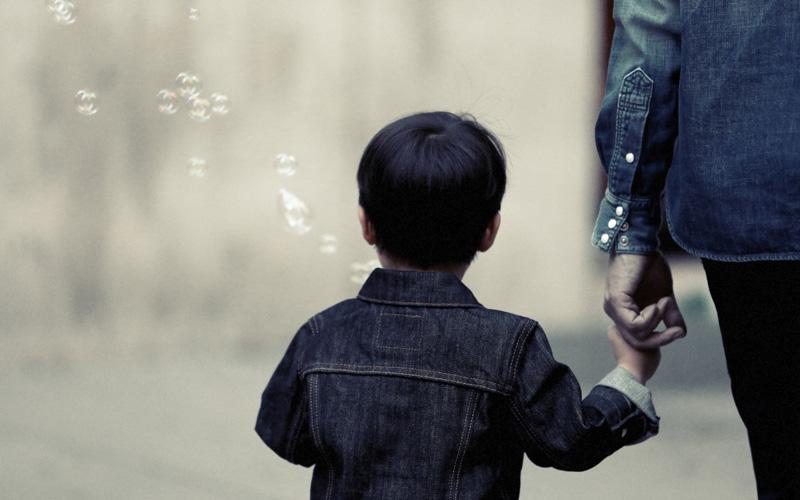 ayah yang tidak menafkahi anak