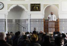 khutbah Jumat tanpa shalawat