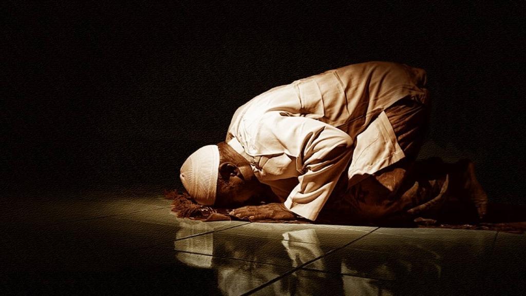 membaca surat al-Fatihah ketika shalat