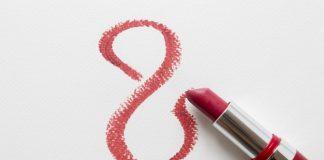 hukum memakai lipstik saat berpuasa