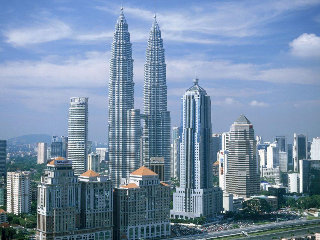Wisata Halal di Malaysia