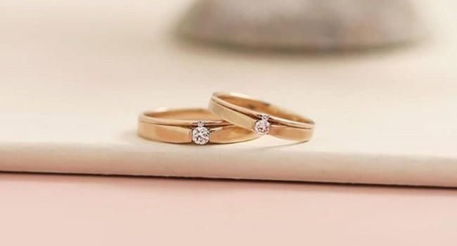 cara memakai cincin